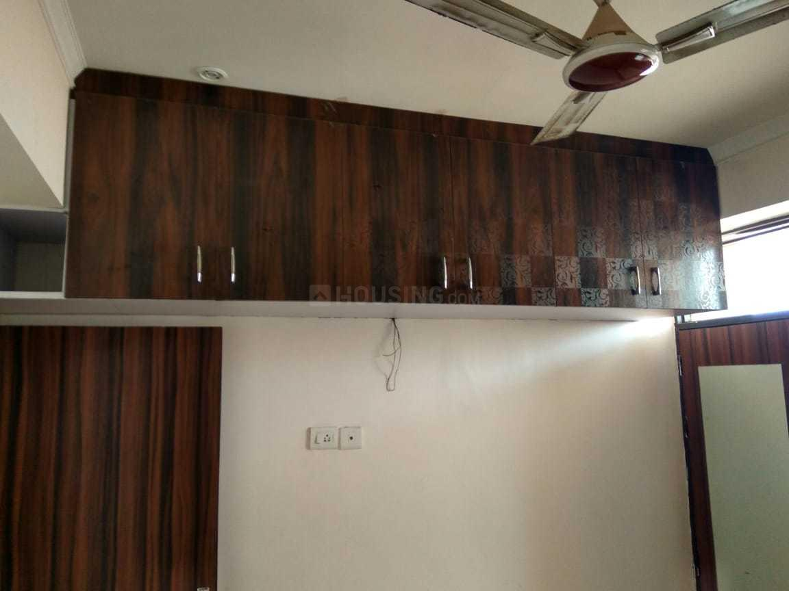 Bedroom Image of 900 Sq.ft 2 BHK Apartment for rent in Surajpur for 8000