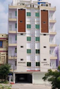 Gallery Cover Image of 1300 Sq.ft 3 BHK Apartment for rent in Shaikpet for 18000