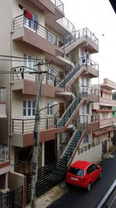 Gallery Cover Image of 800 Sq.ft 2 BHK Independent House for rent in Whitefield for 10000