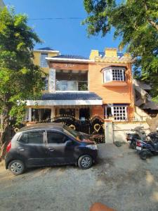 Gallery Cover Image of 1400 Sq.ft 2 BHK Independent House for rent in Sembakkam for 17000