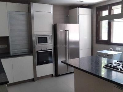 Gallery Cover Image of 6500 Sq.ft 4 BHK Independent Floor for rent in Maharani Bagh for 350000