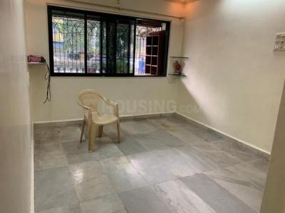 Gallery Cover Image of 700 Sq.ft 2 BHK Apartment for buy in Kandivali West for 9800000