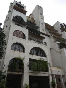 Gallery Cover Image of 1200 Sq.ft 2 BHK Apartment for rent in Goregaon East for 42000