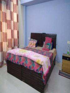 Gallery Cover Image of 450 Sq.ft 1 BHK Independent Floor for rent in Govindpuri for 12000