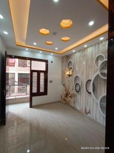 Gallery Cover Image of 720 Sq.ft 3 BHK Independent Floor for buy in S Gambhir Homes I, Dwarka Mor for 3800000