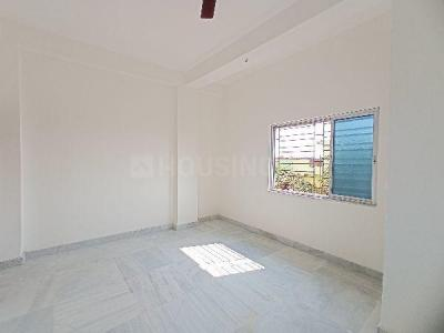 Gallery Cover Image of 600 Sq.ft 1 BHK Apartment for rent in Radha Krishna Apartment, Keshtopur for 6000