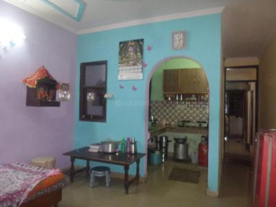 Gallery Cover Image of 675 Sq.ft 2 BHK Apartment for rent in Tughlakabad for 8000