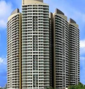 Gallery Cover Image of 1300 Sq.ft 3 BHK Apartment for rent in Kandivali East for 43000