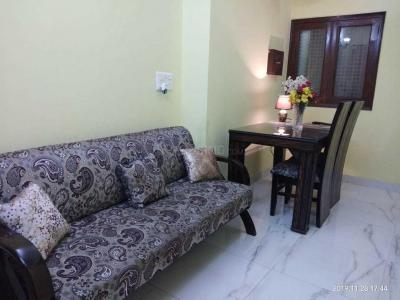 Gallery Cover Image of 900 Sq.ft 2 BHK Apartment for rent in Vasant Kunj for 45000