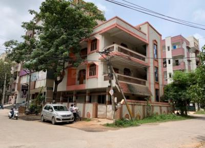 Gallery Cover Image of 1500 Sq.ft 1 RK Independent Floor for rent in Moosapet for 35000