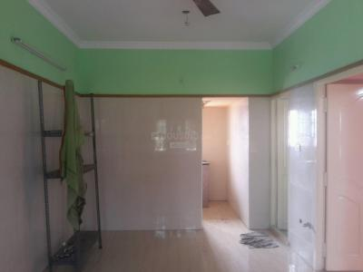 Gallery Cover Image of 500 Sq.ft 1 BHK Independent Floor for rent in Meenambakkam for 7000