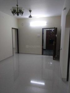 Gallery Cover Image of 1900 Sq.ft 3 BHK Apartment for rent in Uthandi for 30000