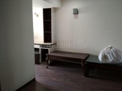 Gallery Cover Image of 2000 Sq.ft 3 BHK Apartment for rent in Chaitanya Tower, Prabhadevi for 230000