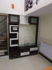 Gallery Cover Image of 2000 Sq.ft 4 BHK Independent House for rent in Vedic Sanjeeva Tower, New Town for 55000