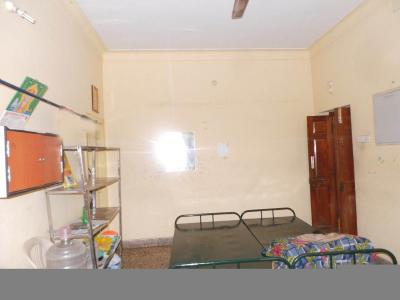 Bedroom Image of Mother Teresa Ladies Hostel in Palavakkam