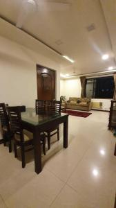Gallery Cover Image of 900 Sq.ft 2 BHK Apartment for rent in Sheth Vasant Valley, Malad East for 46000