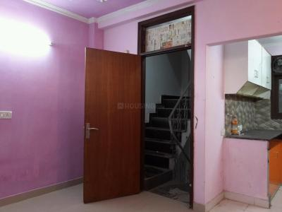 Gallery Cover Image of 600 Sq.ft 2 BHK Independent Floor for rent in Chhattarpur for 10000