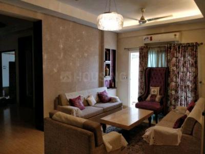 Gallery Cover Image of 2250 Sq.ft 4 BHK Apartment for rent in Mahagun Moderne, Sector 78 for 43000