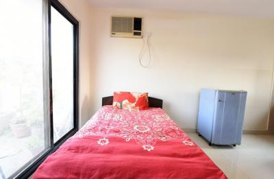 Gallery Cover Image of 130 Sq.ft 1 RK Apartment for rent in Vasant Kunj for 15000