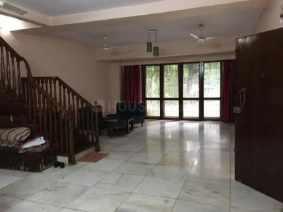 Gallery Cover Image of 3500 Sq.ft 4 BHK Villa for buy in Juhu for 135000000