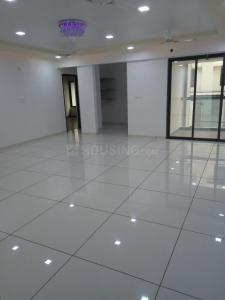 Gallery Cover Image of 2375 Sq.ft 3 BHK Apartment for buy in Navrangpura for 14000000