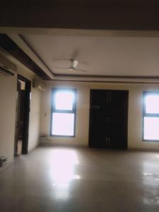 Gallery Cover Image of 4500 Sq.ft 3 BHK Apartment for rent in DLF Phase 3 for 43000
