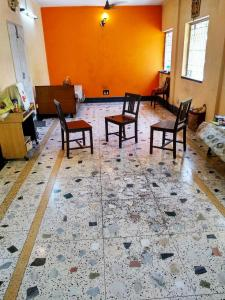 Gallery Cover Image of 850 Sq.ft 2 BHK Independent Floor for rent in Dunlop for 10000