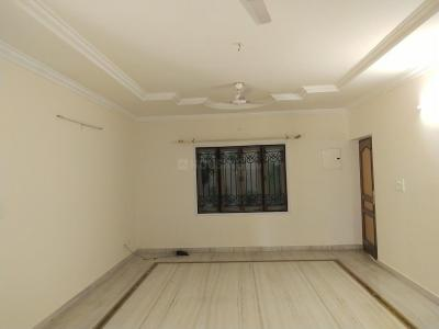 Gallery Cover Image of 2600 Sq.ft 3 BHK Apartment for rent in Banjara Hills for 50000