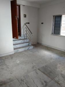 Gallery Cover Image of 800 Sq.ft 2 BHK Apartment for buy in Sarsuna for 2000000