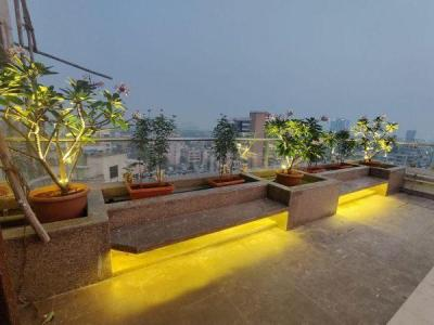 Gallery Cover Image of 2000 Sq.ft 4 BHK Apartment for buy in Resham, Bandra West for 110000000