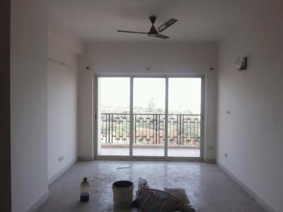 Gallery Cover Image of 1700 Sq.ft 3 BHK Apartment for rent in Chi IV Greater Noida for 17000