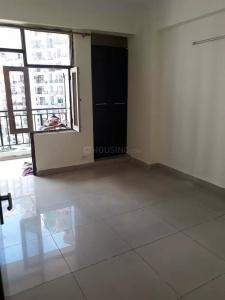 Gallery Cover Image of 1296 Sq.ft 3 BHK Apartment for rent in Govindpuram for 10000