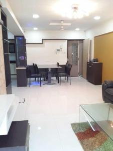 Gallery Cover Image of 1325 Sq.ft 3 BHK Apartment for rent in Kandivali East for 37000