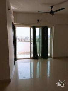 Gallery Cover Image of 1565 Sq.ft 3 BHK Apartment for rent in Arumbakkam for 35000