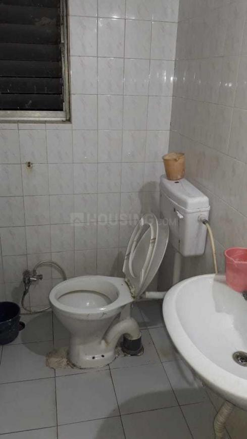 Common Bathroom Image of 1175 Sq.ft 2 BHK Apartment for rent in Tingre Nagar for 25000