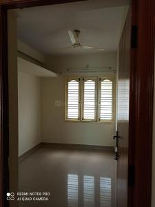 Gallery Cover Image of 375 Sq.ft 1 BHK Apartment for rent in Mahadevapura for 10000