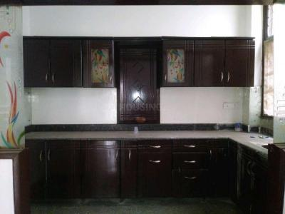 Gallery Cover Image of 1500 Sq.ft 3 BHK Independent Floor for rent in Gyan Khand for 15000