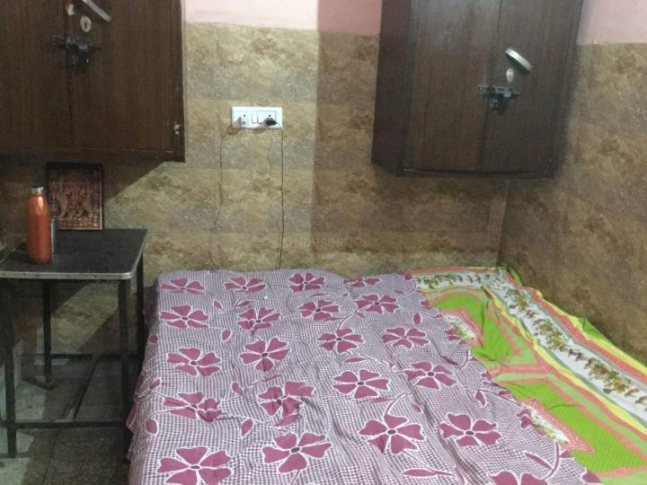 Bedroom Image of Luv Kush Niwas & Universe PG in Shakarpur Khas