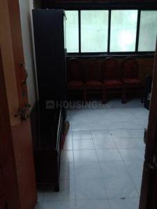 Gallery Cover Image of 580 Sq.ft 1 BHK Apartment for rent in Bijal Apartment, Malad West for 18000