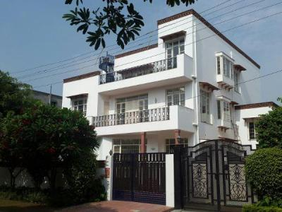 Gallery Cover Image of 1222 Sq.ft 2 BHK Independent Floor for rent in Sector 10A for 14500