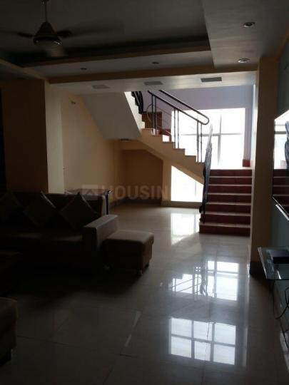 Living Room Image of 1800 Sq.ft 3 BHK Apartment for rent in Beliaghata for 65000
