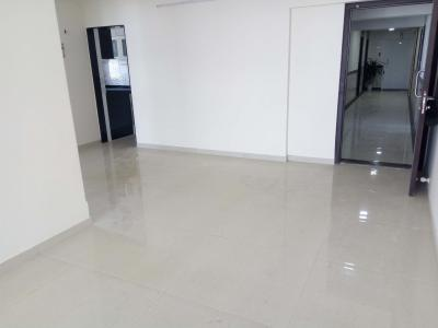 Gallery Cover Image of 1250 Sq.ft 2 BHK Apartment for rent in Bandra East for 70000