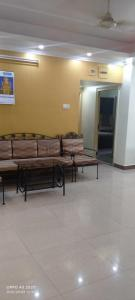 Gallery Cover Image of 920 Sq.ft 2 BHK Apartment for rent in Belani Moore Heights, Regent Park for 25000