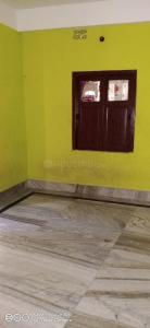 Gallery Cover Image of 750 Sq.ft 2 BHK Independent House for rent in South Dum Dum for 7500