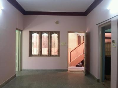 Gallery Cover Image of 800 Sq.ft 2 BHK Apartment for rent in Banashankari for 10000