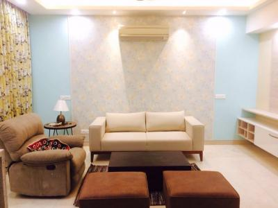 Gallery Cover Image of 1500 Sq.ft 2 BHK Apartment for rent in MGF The Vilas Apartment, DLF Phase 2 for 75000