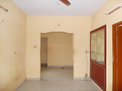 Gallery Cover Image of 700 Sq.ft 2 BHK Apartment for buy in Guduvancheri for 1800000