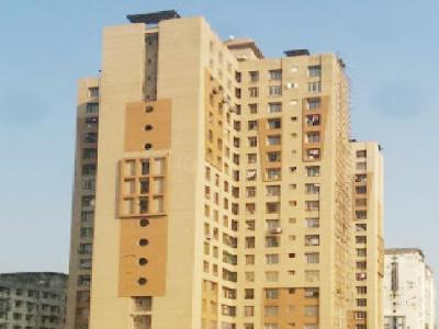 Gallery Cover Image of 740 Sq.ft 1 BHK Apartment for rent in Goregaon East for 32000