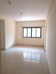 Gallery Cover Image of 1065 Sq.ft 3 BHK Apartment for rent in Lokhandwala Highland, Kandivali East for 31000