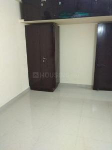 Gallery Cover Image of 1750 Sq.ft 3 BHK Apartment for rent in CGHS Hum Sub Apartment, Sector 4 Dwarka for 35000